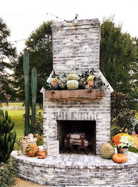 Lowcountry Outdoor Fireplace